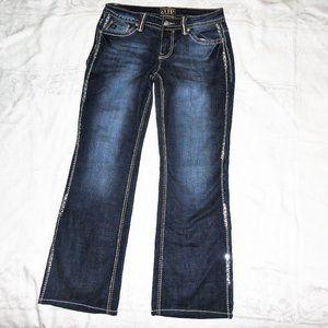 Cowgirl Up Jeans Sequins 28 Waist x 29 Len…